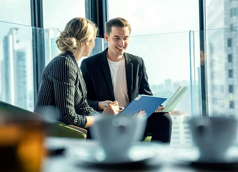 HR2B - зачем компании консультанты?